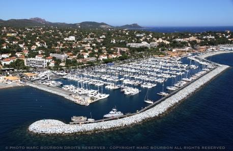 Port Santa Luccia de Saint Raphaël